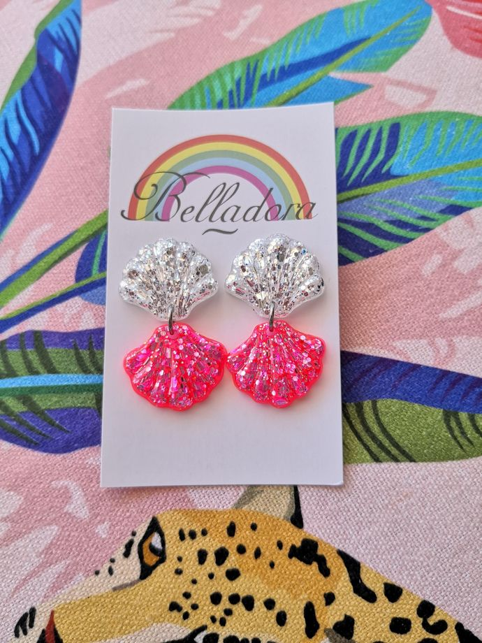 Shells Duo Dangle - Silver and Pink