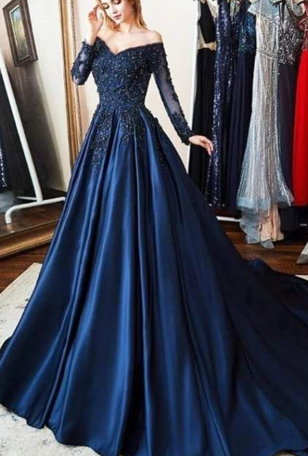 Navy Blue Ball Gown with Long Sleeves Prom Dress