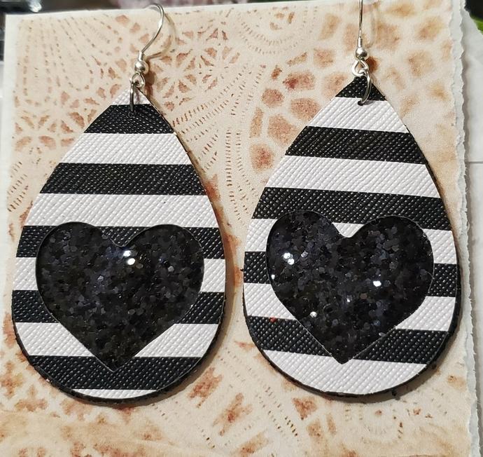 BLACK glitter heart faux leather earrings