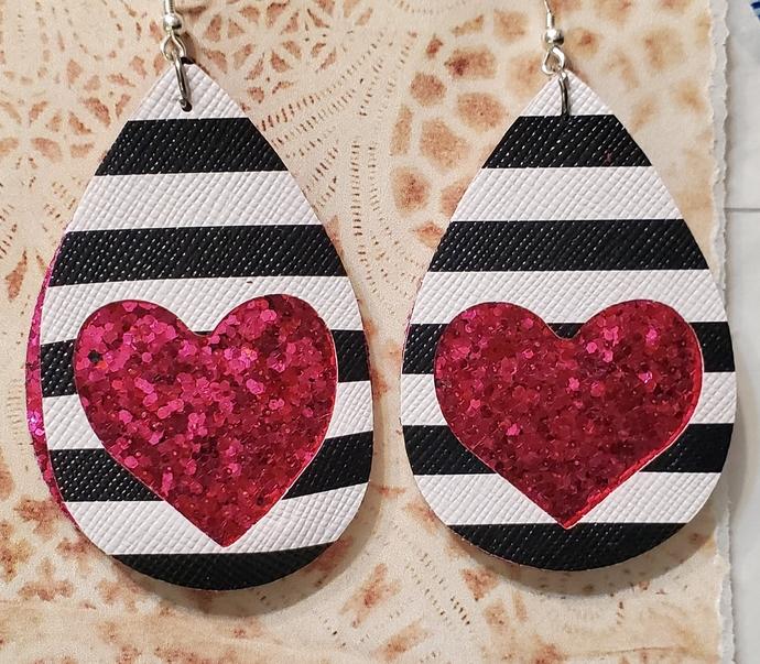DARK PINK glitter heart faux leather earrings