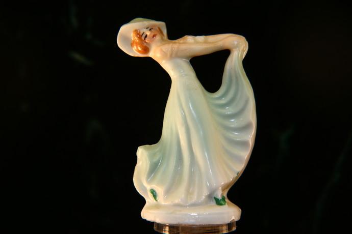 Elegant Lady Lamp Finial China Lamp Finial Gibson Girl Lamp Finial Beautiful
