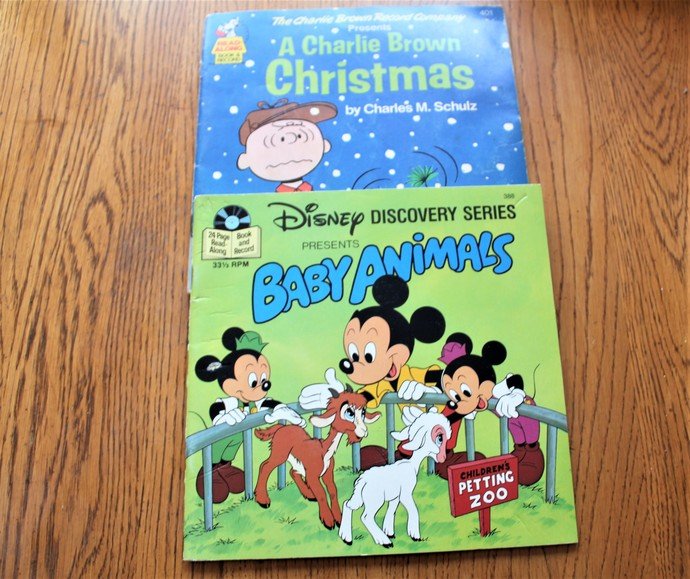 Charlie Brown Records Presents A Charlie Brown Christmas & Disney Discovery