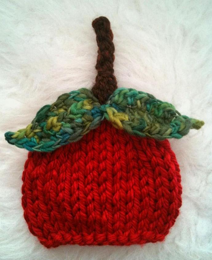 Sweet Apple Woolly Hat