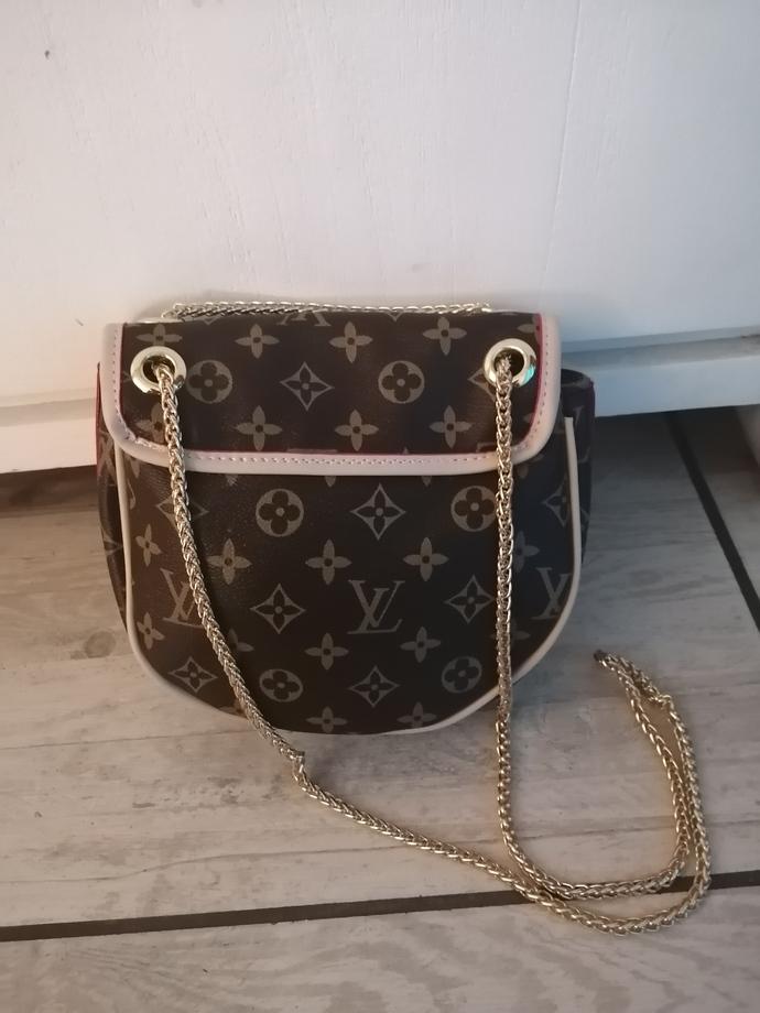 Louis Vuitton inspired sachel