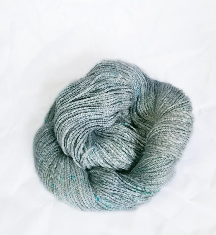 Merino SW worsted-weight yarn - Mermaid Scales