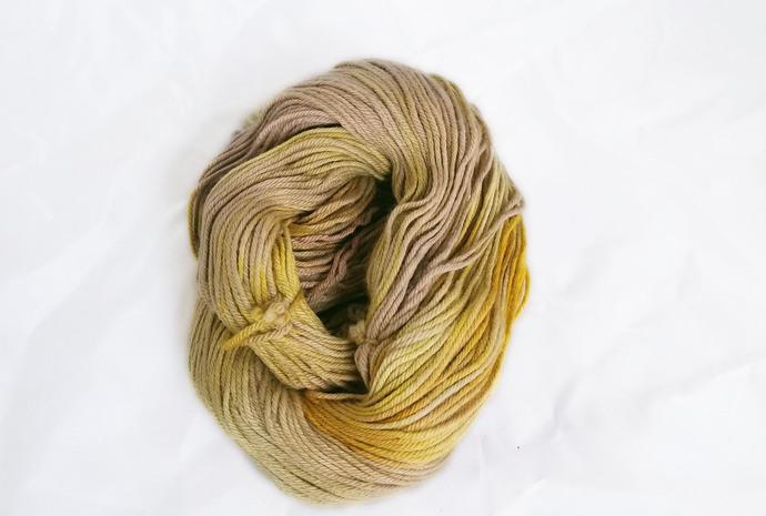 Hand dyed worsted merino yarn - Franjeen & Rool