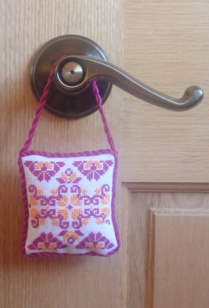 "Cross stitch Ornallow Small Pillow (3"" X 3.5"")"