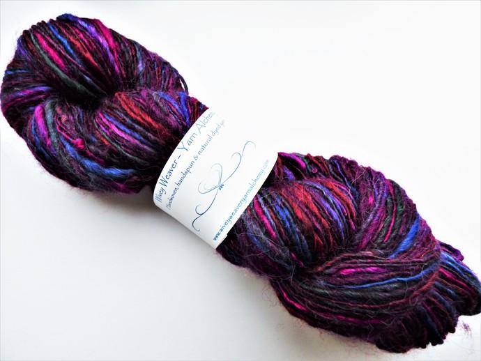 Handspun Yarn – 40/40/20% Alpaca, Merino Wool and Silk – 102 grams – Sport