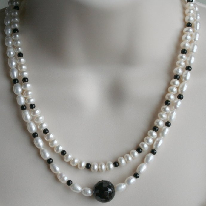 Freshwater Creamy White Pearls with Black Onyx Bead Necklace, Multi-strand