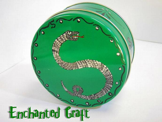 Slytherin Gift Tin- for the Harry Potter fan