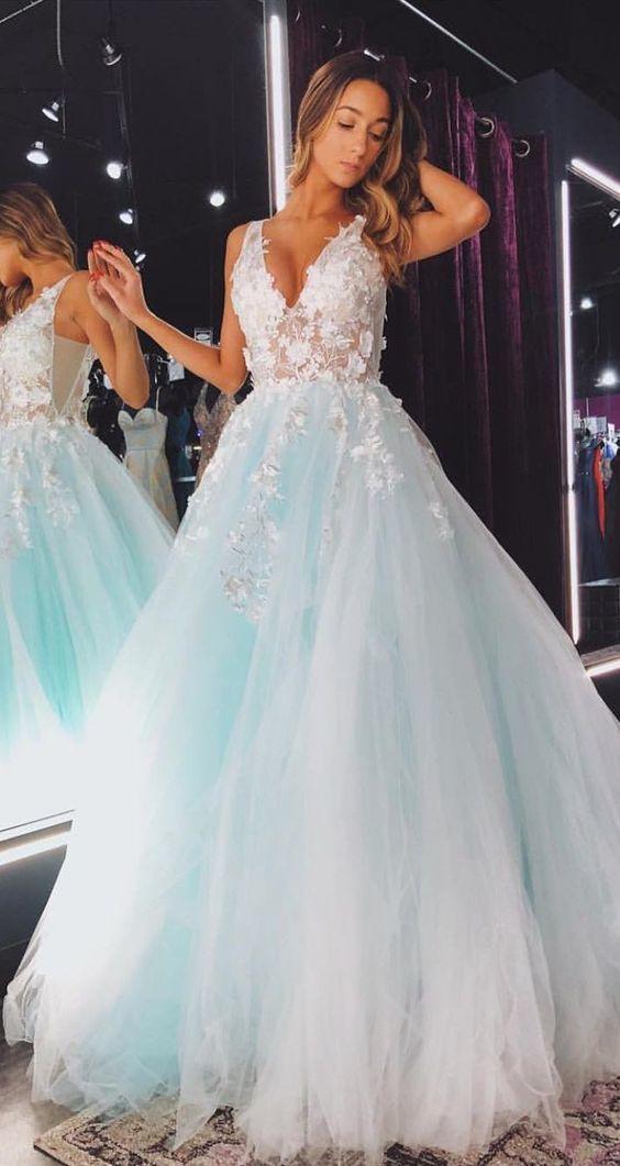 blue prom dresses v neck lace appliqué sleeveless elegant tulle a line prom