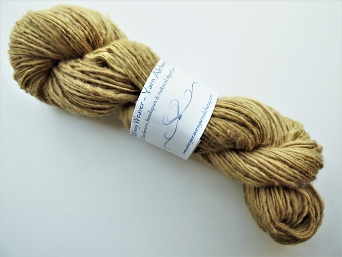 Handspun Yarn Natural / Eco Dyed with Dock Leaf – 100% Organic Corriedale – 52