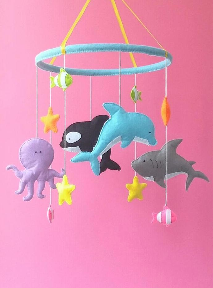 Baby mobile under the sea