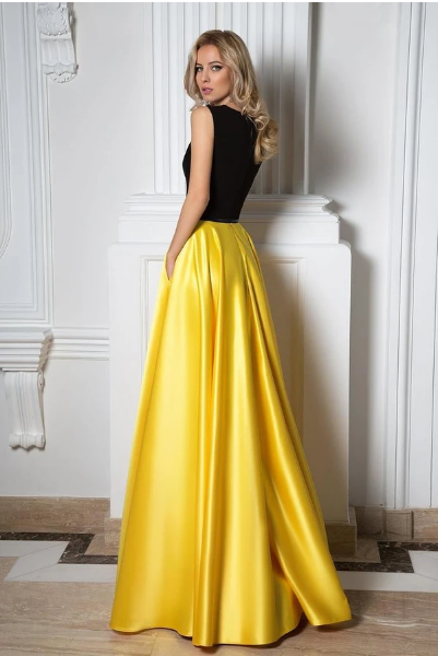 Simple Black And Yellow Charming V-neck Sleeveless Floor Length Prom