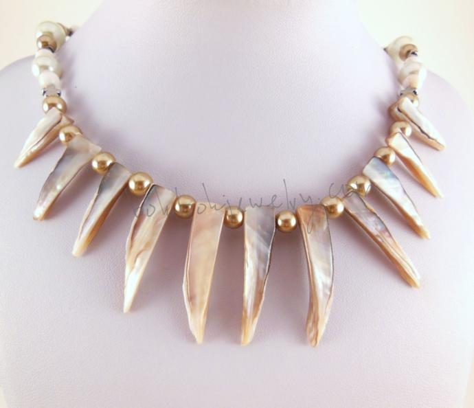 Handmade Shell Spike Statement Necklace in Cream