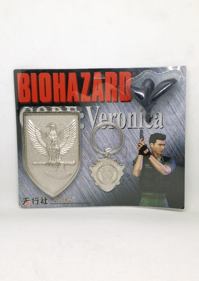 BIOHAZARD Code: Veronica Chris Redfield Metal Shield Medallion Toy Set - Hong