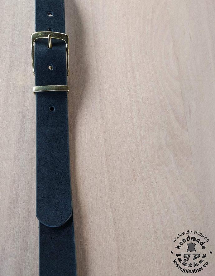 Handmade leather belt 38mm (1.5 In) / 3.5-4mm - black - solid brass buckle -