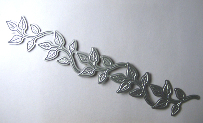 Leaves Leaf Vine Cutting Die, cuts 5 seperate pieces