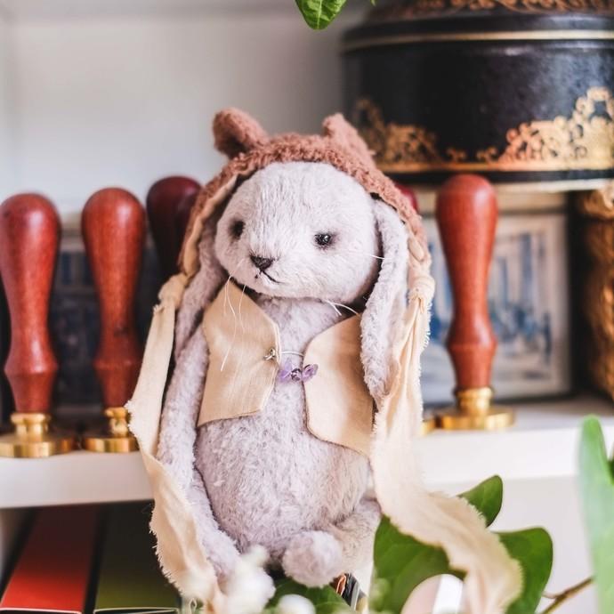 Traditionally handmade teddy bear in purple - Maia - Gulnaz beautifully handmade