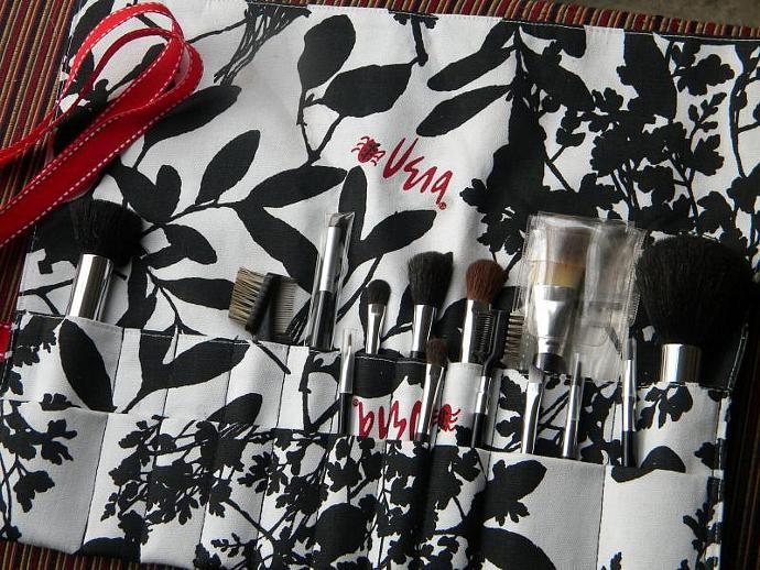 20 pocket Makeup Brush Holder-Black and White Trees