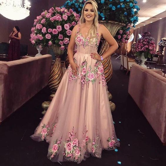 embroidery flower prom dresses 2020 pink Lace Applique beaded v neck sleeveless
