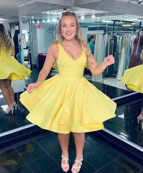 V Neck Yellow Homecoming Dress M 209