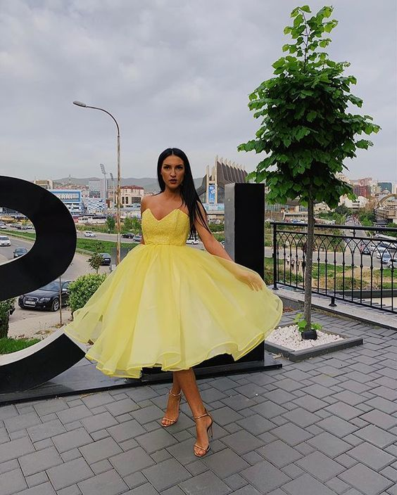Beautiful A Line Sweetheart Yellow Prom Dresses with Ruffles M 210