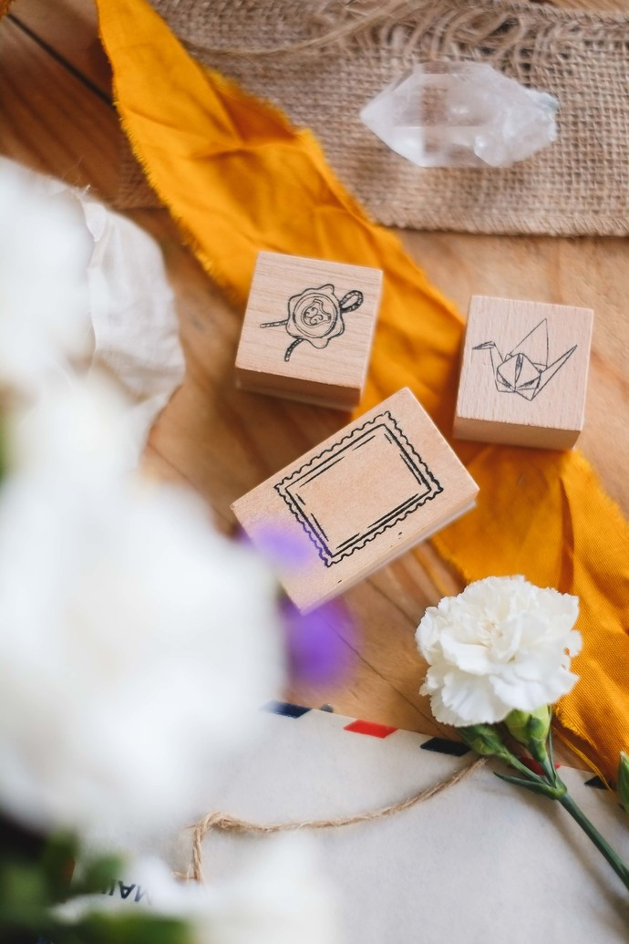 London Gifties design wooden rubber stamps - Postal & Papers set