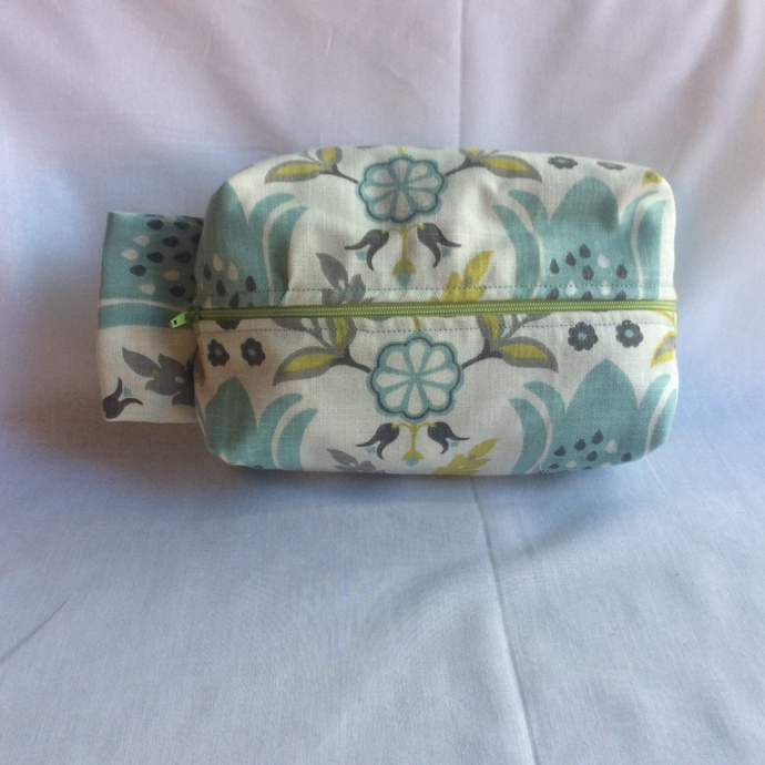 One of a Kind, Fully Lined Floral Travel Bag