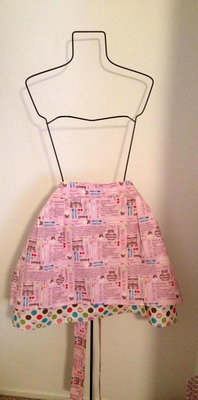 PRETTY IN PINK waist-style apron