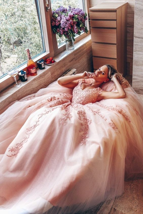 Pink A-line Tulle Long Formal Dress with Lace Appliques
