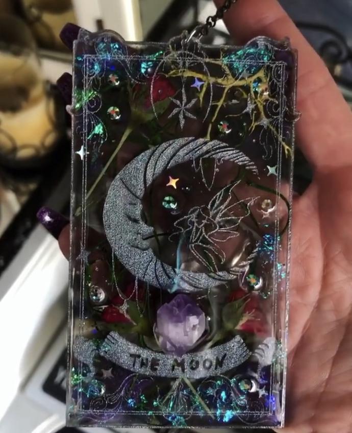 The Moon Botanical Tarot Card