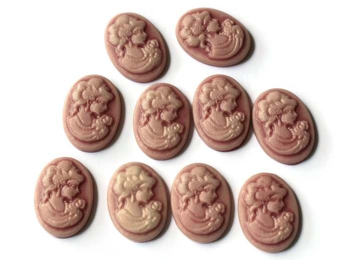 10 Dusty Pink Cameo Cabochons Victorian Cameo Woman Face Cameo Cabs 18mm x 13mm