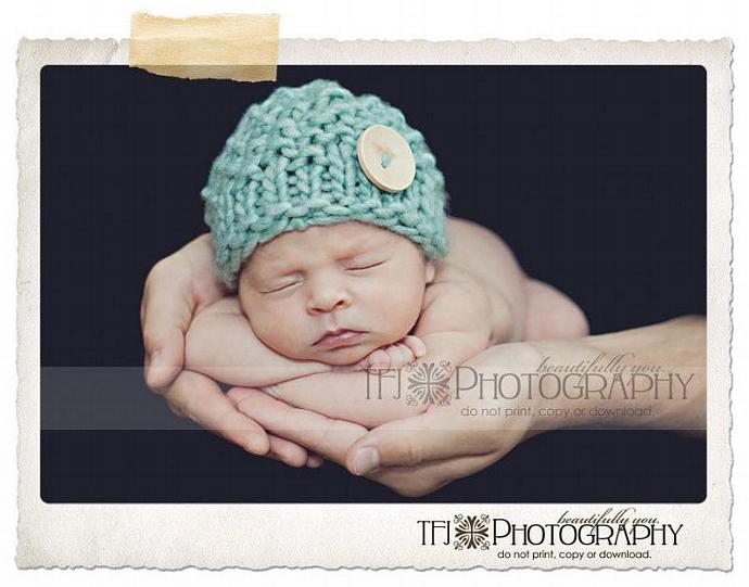 Newborn Woolly Honeycomb Beanie with Natural Color Wood Beanie - Jade
