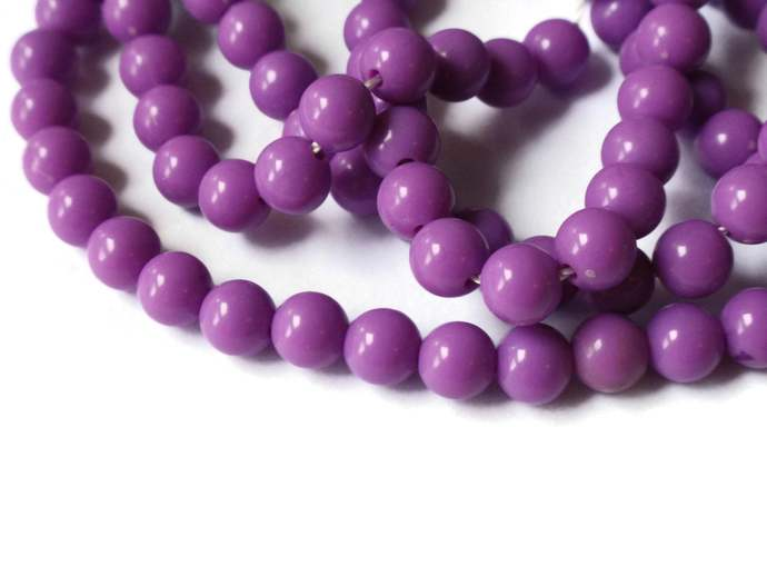 135 6mm Round Beads Vintage Beads Purple Plastic Beads 31 Inch Full Strand Loose
