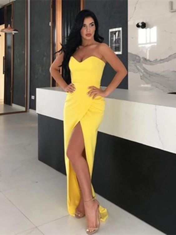 Simple Yellow Sweetheart Neck Satin Long Prom Dresses with Slit M839