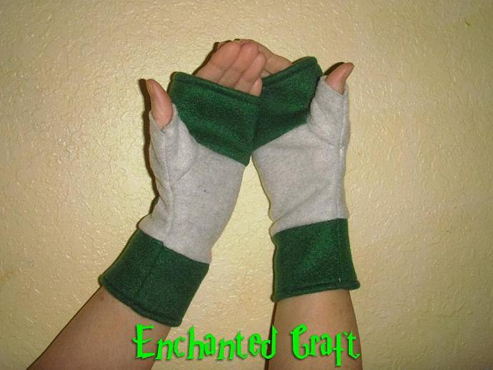 FLEECE Slytherin Fingerless Gloves