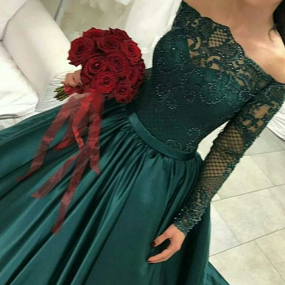 Long Sleeve Evening Wear Dresses and Formal Ball Gowns M849