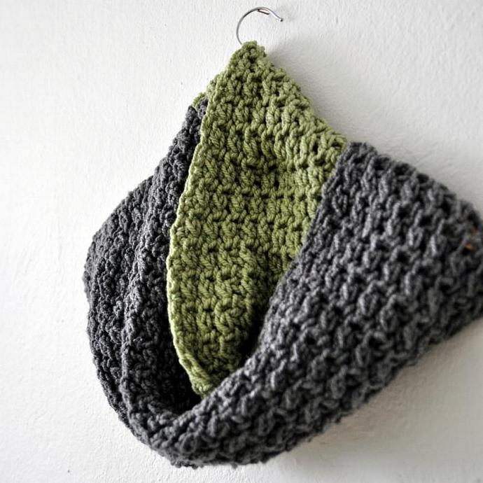 Chunky knit accessories - Dichromatic infinity scarf handmade knit crochet long