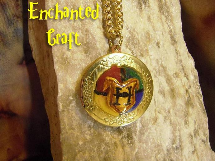 OPENING Hogwarts Houses LOCKET for the Harry Potter fan