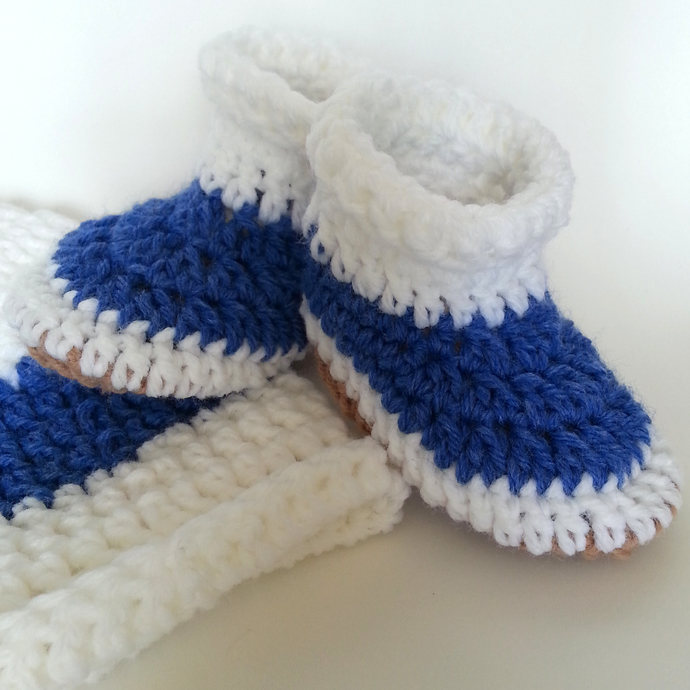 White Blue Stripe Hat and Booties set