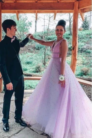 Stunning V Neck Tulle Long Prom Dress Open Back Evening Dress