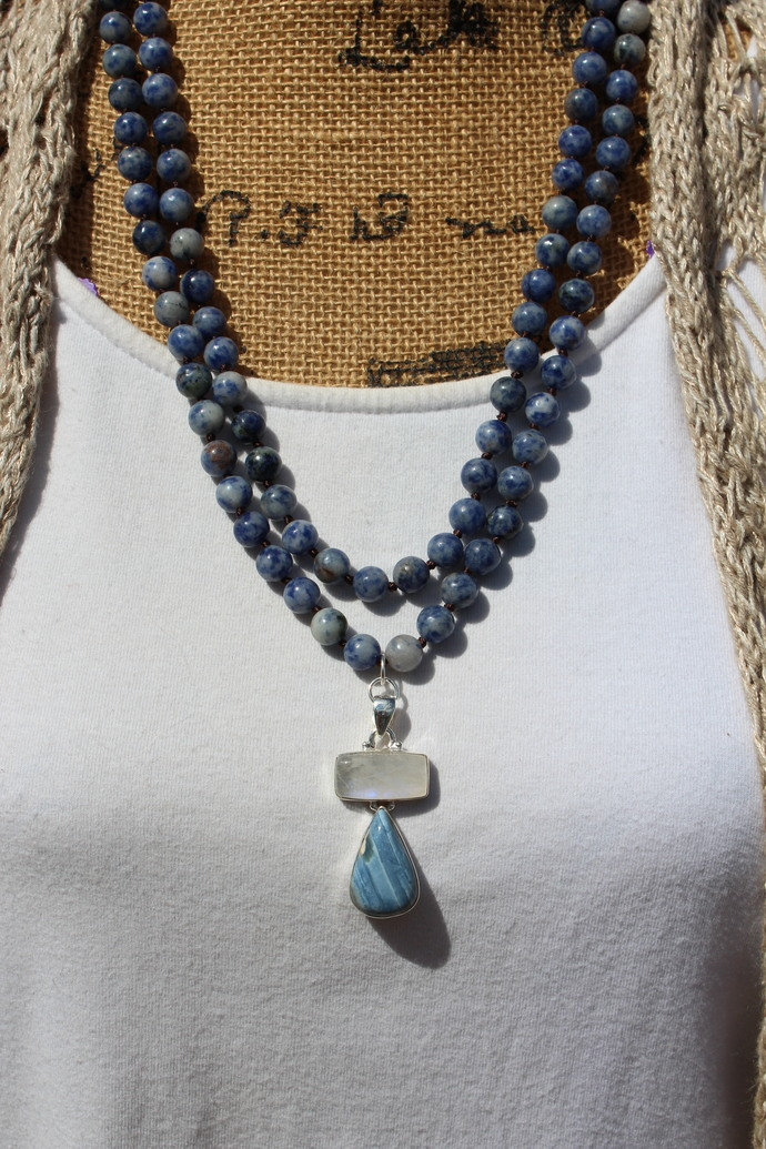 Classic Long Double wrap Beaded Necklace Blue Sodalite with Pendant Owyhee Opal
