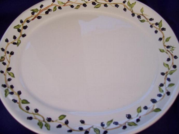 Blueberry Oval Plate