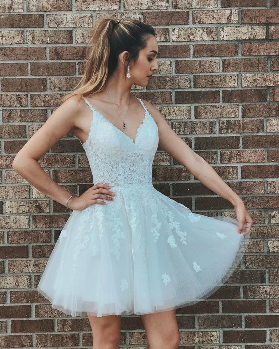 Elegant Tulle White Straps Short Homecoming Dress with Lace up Back