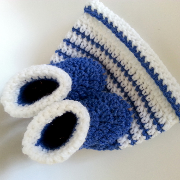 Newborn Booties and Striped Hat set in Blue White