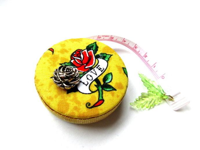 Tape Measure Roses Hearts Love Retractable Measuring Tape