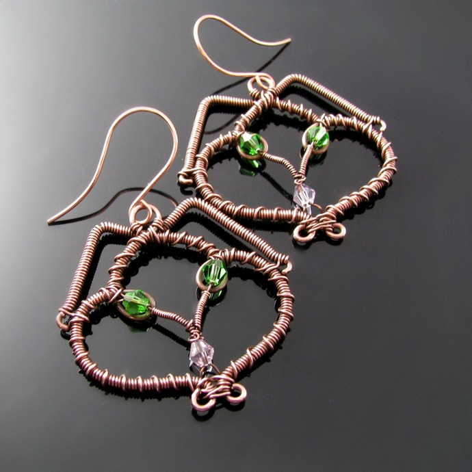 Wire wrapped cat face earrings with crystals