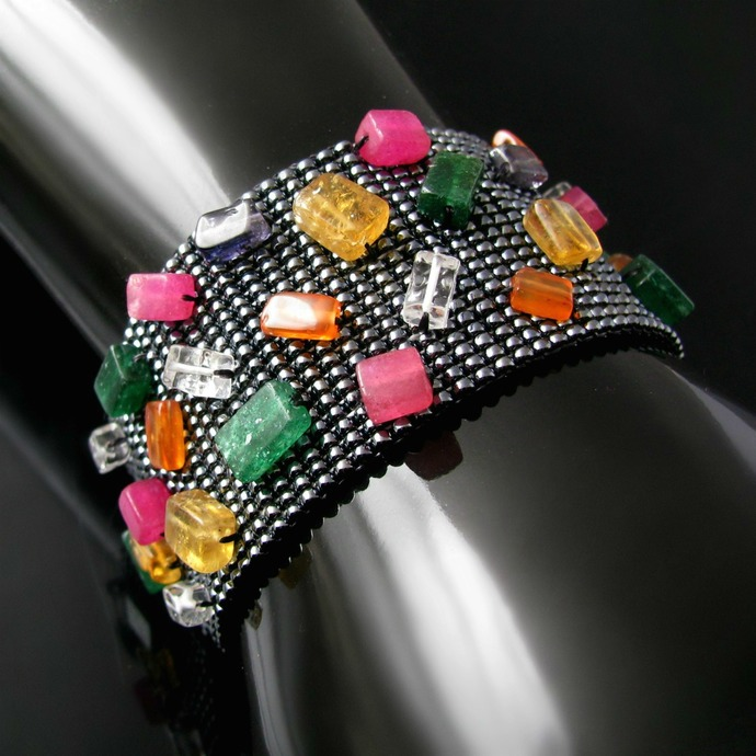 Bead loomed soap bar bracelet with quartz