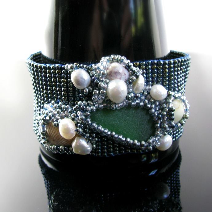 Bead loomed tidepool bracelet with seaglass, shells and pearls